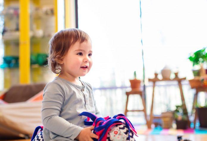 Cum distrezi copilul in casa pe durata starii de urgenta Afla 5 idei grozave-min